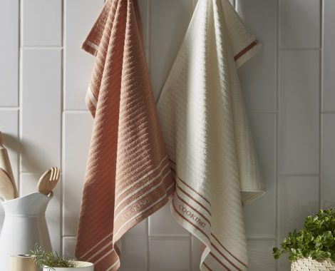Terracotta cooking tea towels insitu